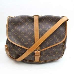 Auth Louis Vuitton Saumur 35 Crossbody #1090L24